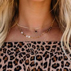 VICI tonic layered necklace